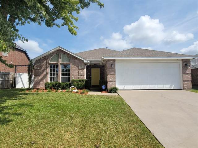 301 W Glen Meadow Drive, Glenn Heights, TX 75154 (MLS #14664266) :: Lisa Birdsong Group | Compass