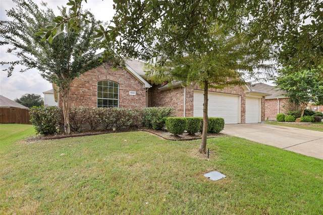4015 Bridge Water Road, Heartland, TX 75126 (MLS #14664340) :: Craig Properties Group