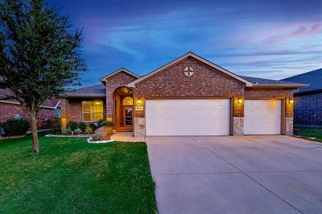 5321 Thornbush Drive, Fort Worth, TX 76179 (MLS #14664427) :: Craig Properties Group