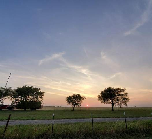 991 County Road 322, Valley View, TX 76272 (MLS #14664895) :: Frankie Arthur Real Estate