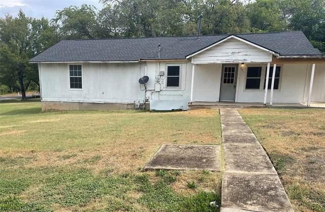 201 Marquette Avenue, Azle, TX 76020 (#14665794) :: Homes By Lainie Real Estate Group