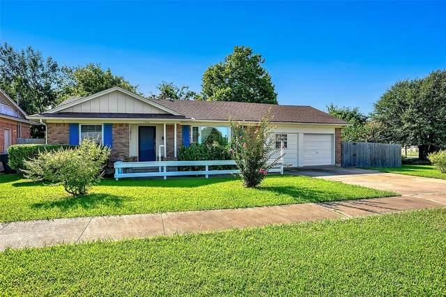 1430 Hillcrest Drive, Sherman, TX 75092 (MLS #14666002) :: Real Estate By Design