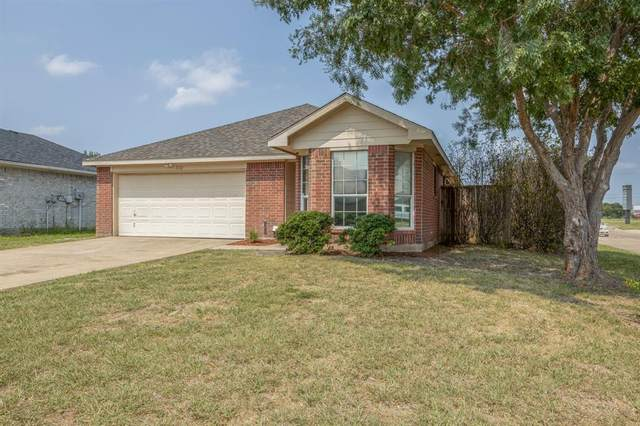 1112 Courtney Drive, Royse City, TX 75189 (#14666105) :: Homes By Lainie Real Estate Group