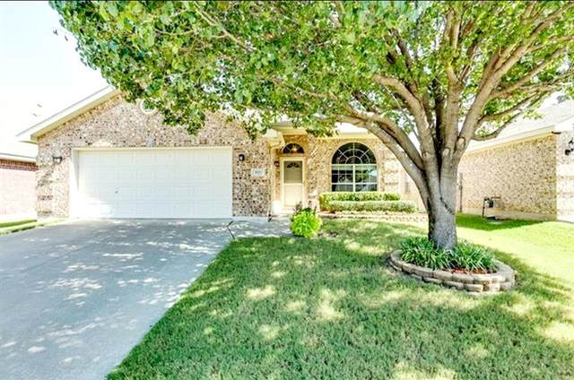 9121 Rushing River Drive, Fort Worth, TX 76118 (MLS #14666279) :: All Cities USA Realty