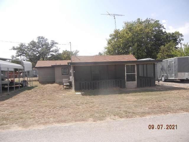 135 David, Brownwood, TX 76801 (MLS #14666474) :: The Rhodes Team