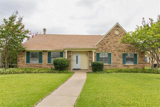 1109 Cherokee Trail, Plano, TX 75023 (MLS #14666478) :: Real Estate By Design