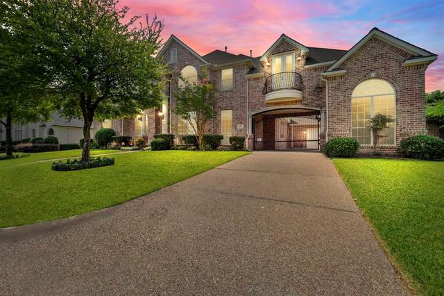 2016 Stone Canyon Court, Arlington, TX 76012 (#14666621) :: Homes By Lainie Real Estate Group