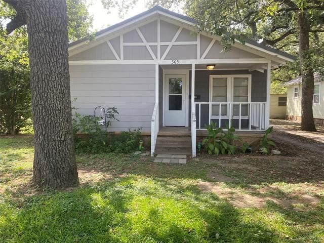 305 N Connellee Avenue, Eastland, TX 76448 (MLS #14666772) :: NewHomePrograms.com