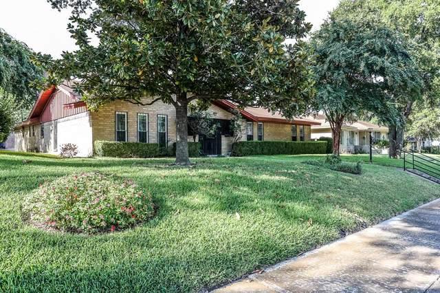 1928 Elm Shadows Drive, Dallas, TX 75232 (MLS #14666929) :: Real Estate By Design