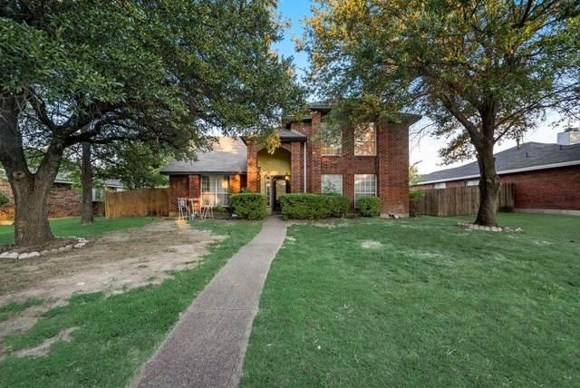 1418 Baker Drive, Cedar Hill, TX 75104 (MLS #14667079) :: Real Estate By Design