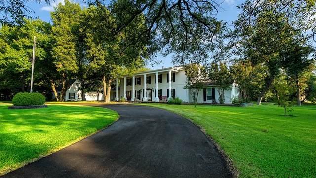2740 Farmers Branch Lane, Farmers Branch, TX 75234 (MLS #14667182) :: Real Estate By Design