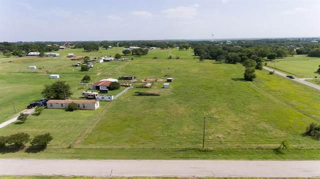 7589 Shady Oak Drive, Aubrey, TX 76227 (MLS #14667543) :: VIVO Realty