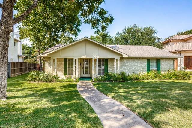 7031 Lyre Lane, Dallas, TX 75214 (MLS #14667587) :: Lisa Birdsong Group   Compass