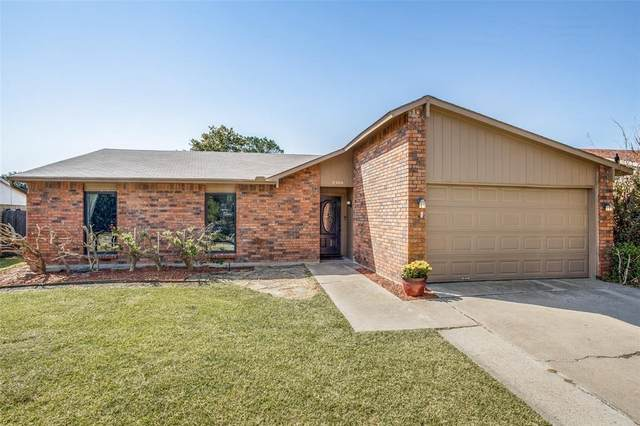 5300 Norris Drive, The Colony, TX 75056 (MLS #14667612) :: Real Estate By Design