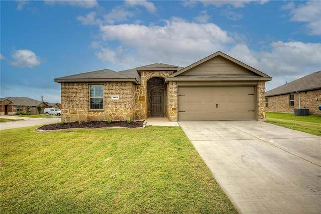 2202 Tombstone Road, Forney, TX 75126 (MLS #14667681) :: Real Estate By Design