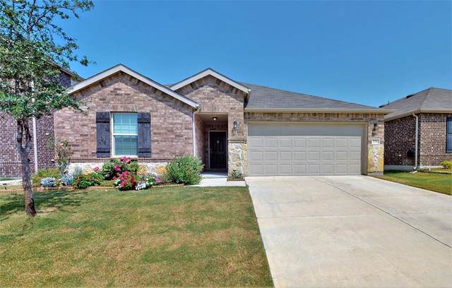1733 Trace Drive, Aubrey, TX 76227 (MLS #14667696) :: Real Estate By Design