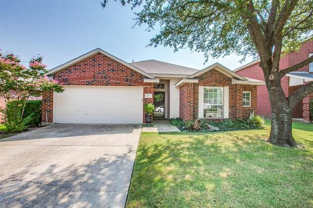 7102 Country Club Drive, Sachse, TX 75048 (MLS #14668353) :: Real Estate By Design