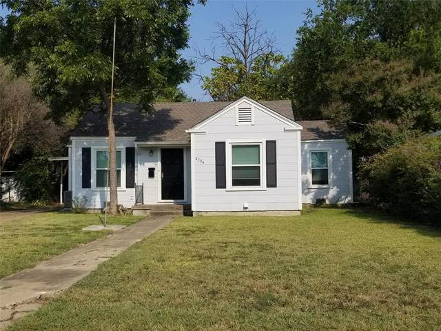 4704 Almena Road, River Oaks, TX 76114 (#14668584) :: Homes By Lainie Real Estate Group