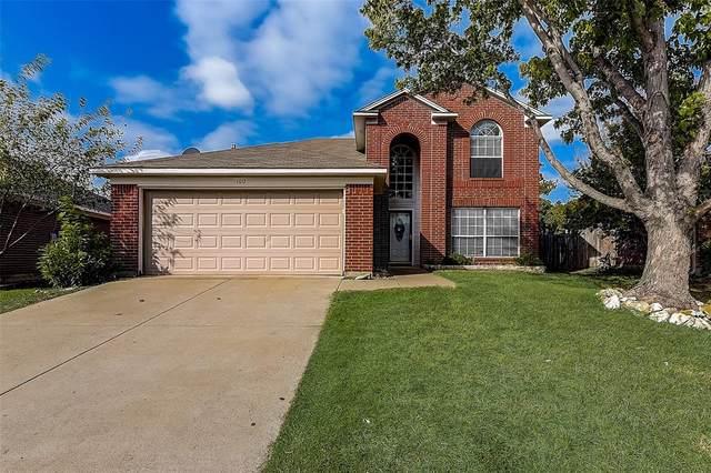1012 Cottonbelt Drive, Saginaw, TX 76131 (MLS #14668730) :: Real Estate By Design
