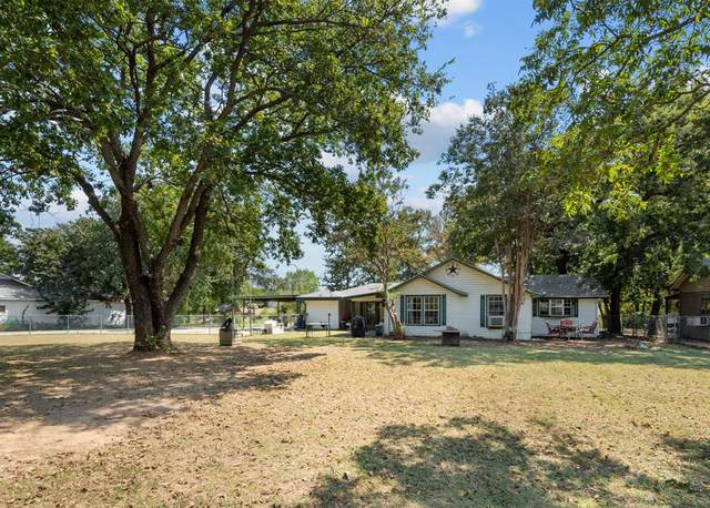 275 County Road 4874, Newark, TX 76071 (MLS #14668794) :: Russell Realty Group