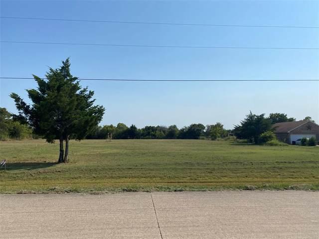 310 Crestview Drive, Red Oak, TX 75154 (MLS #14668821) :: Lisa Birdsong Group | Compass