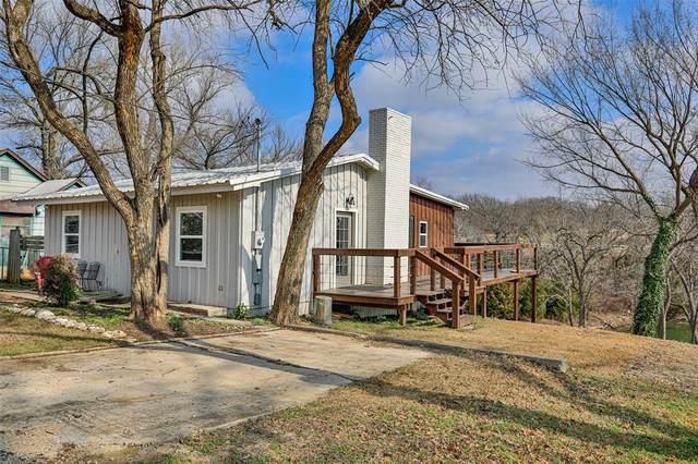 110 Falls Creek Circle, Gainesville, TX 76240 (MLS #14669010) :: Frankie Arthur Real Estate