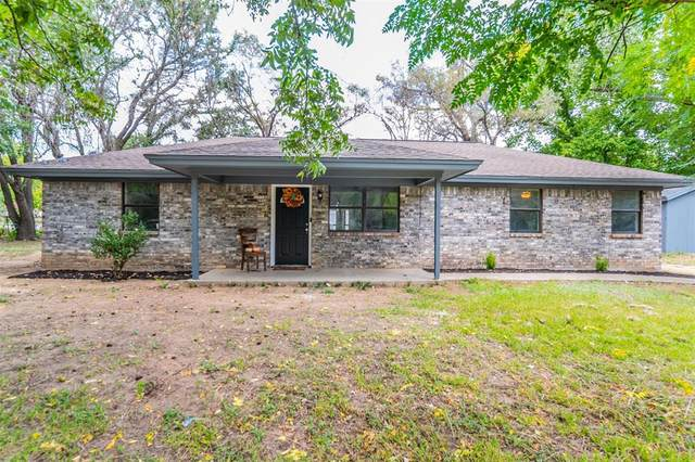 201 Jennings Avenue, Boyd, TX 76023 (MLS #14669074) :: Lisa Birdsong Group | Compass