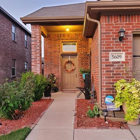 5609 Thunder Bay Drive, Fort Worth, TX 76119 (MLS #14669296) :: Real Estate By Design