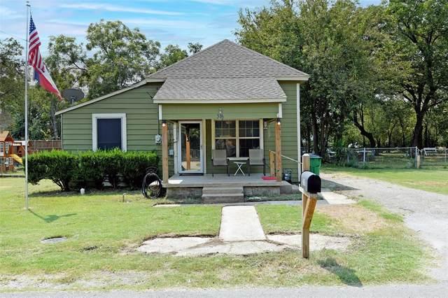 318 Mckenzie Street, Waxahachie, TX 75165 (MLS #14669513) :: Real Estate By Design