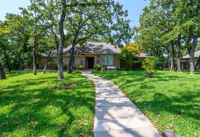 27 Highview Circle, Denton, TX 76205 (MLS #14669701) :: RE/MAX Landmark