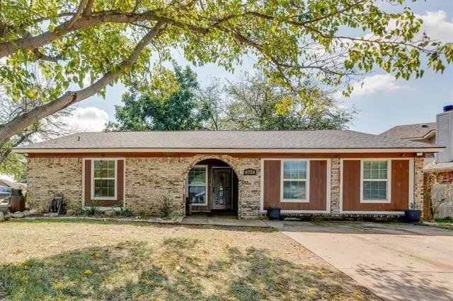 6724 Nola Court, Watauga, TX 76148 (MLS #14669853) :: Real Estate By Design
