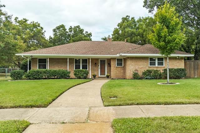 2010 Bristol Circle, Grand Prairie, TX 75051 (MLS #14669906) :: Real Estate By Design