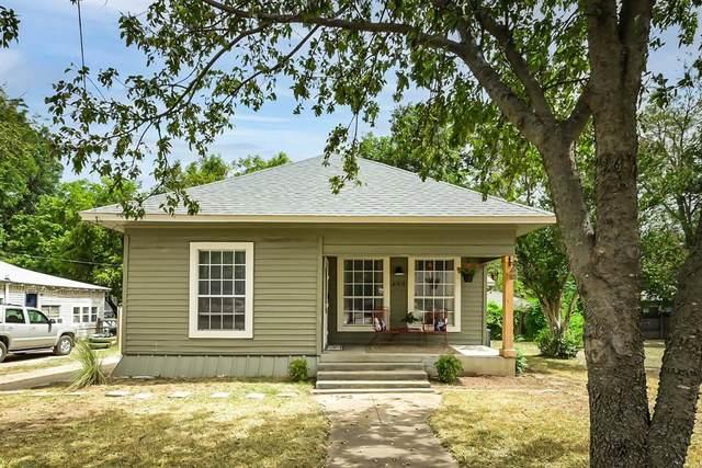 306 N Walnut Street, Cleburne, TX 76033 (MLS #14670013) :: Craig Properties Group