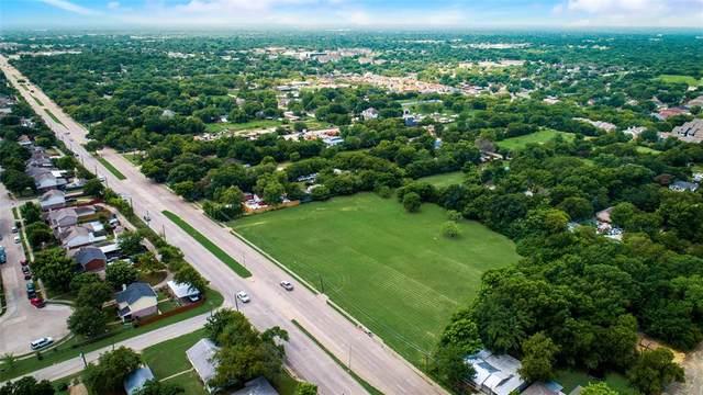 2737 N Masters Drive, Dallas, TX 75227 (MLS #14670082) :: VIVO Realty