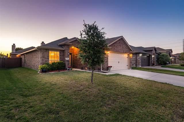 621 Chickadee Drive, Fort Worth, TX 76108 (MLS #14670128) :: Lisa Birdsong Group | Compass