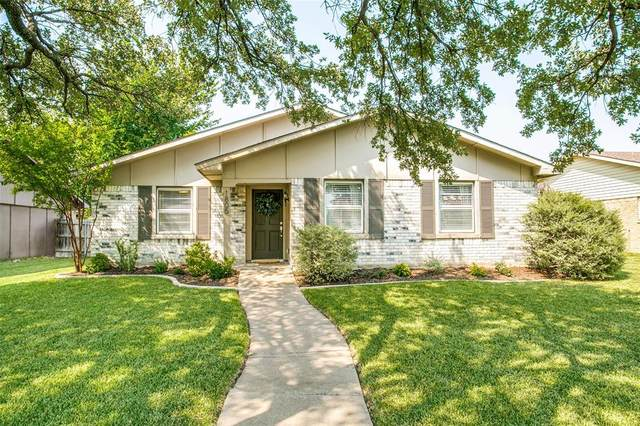 1805 Paxton Drive, Carrollton, TX 75007 (#14670240) :: Homes By Lainie Real Estate Group