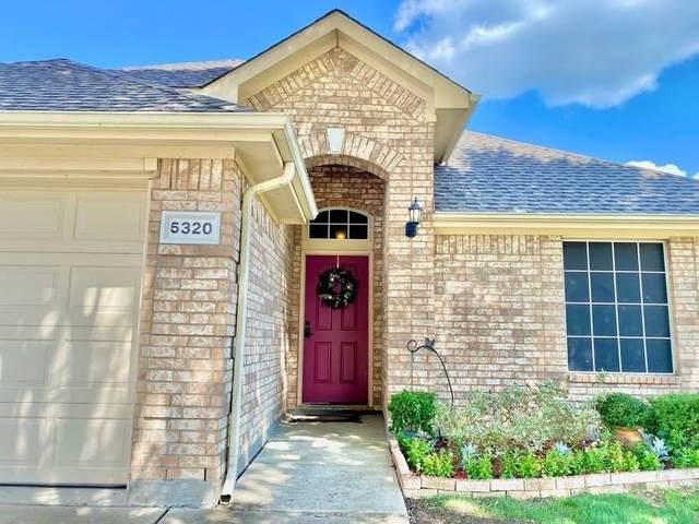5320 Lake Garden Drive, Grand Prairie, TX 75052 (MLS #14670245) :: Real Estate By Design