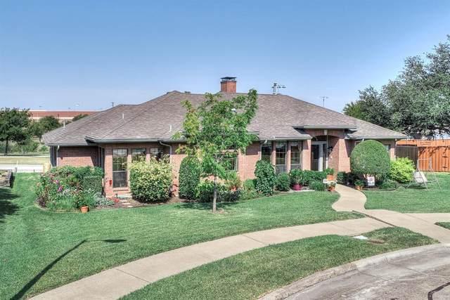 2114 Monterrey Place, Carrollton, TX 75006 (MLS #14670357) :: Real Estate By Design