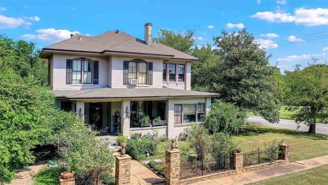 1105 W Bond Street, Denison, TX 75020 (MLS #14670379) :: Real Estate By Design