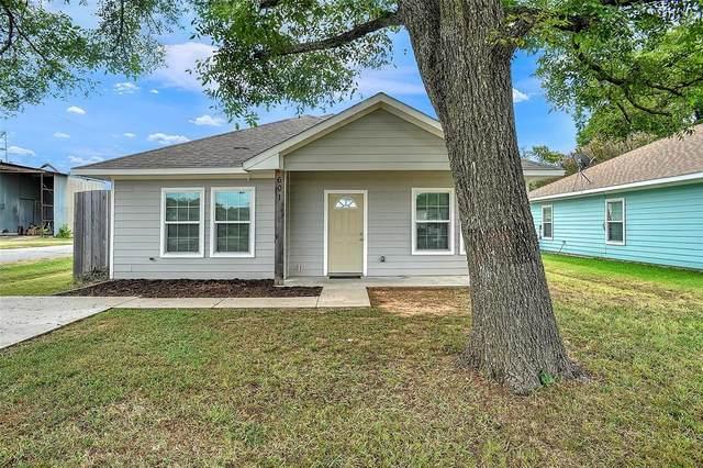 601 Grayson Street, Pottsboro, TX 75076 (MLS #14670449) :: Front Real Estate Co.
