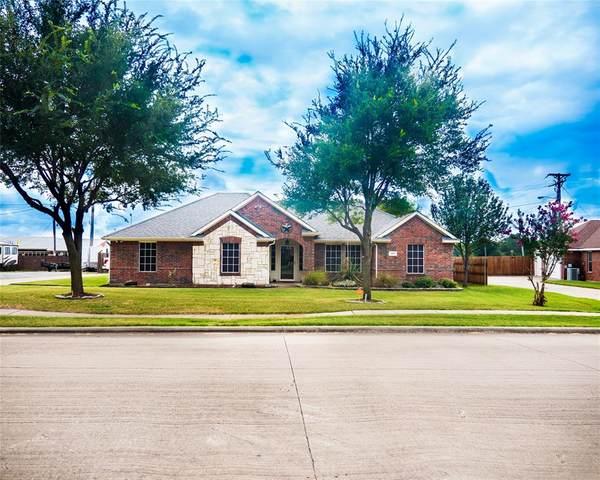 303 Susan Way, Red Oak, TX 75154 (MLS #14670645) :: The Juli Black Team