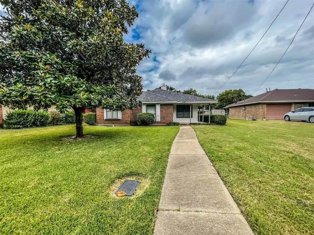 444 N Roberts Road, Cedar Hill, TX 75104 (MLS #14670700) :: Real Estate By Design