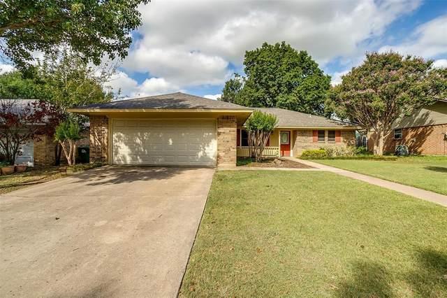 2117 Parkside Drive, Denton, TX 76201 (MLS #14670719) :: The Mauelshagen Group