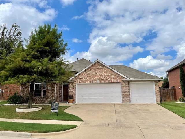 7905 Spring Run, North Richland Hills, TX 76182 (MLS #14670965) :: Real Estate By Design