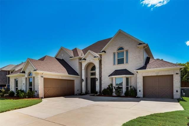 2655 Corona Drive, Grand Prairie, TX 75054 (MLS #14671018) :: Real Estate By Design