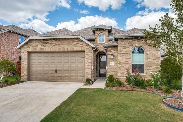 1521 Copper Bay Court, Aubrey, TX 76227 (MLS #14671267) :: Real Estate By Design