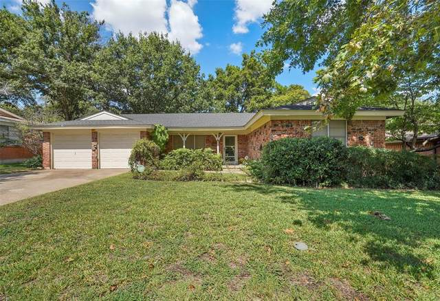 2804 Leith Avenue, Fort Worth, TX 76133 (#14671278) :: Homes By Lainie Real Estate Group