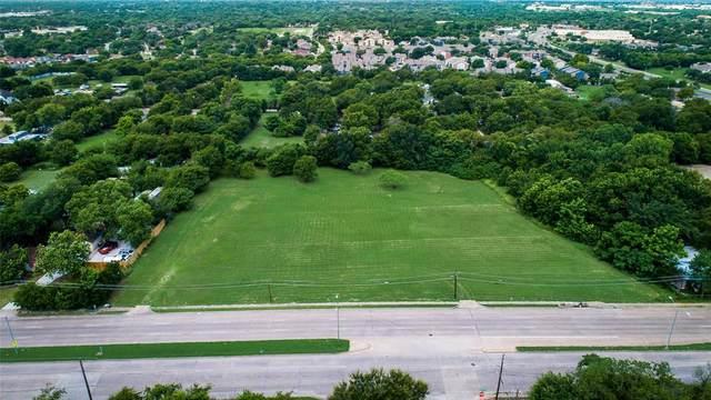 2727 N Masters Drive, Dallas, TX 75227 (MLS #14671384) :: VIVO Realty