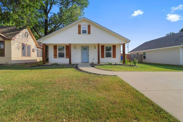 716 W Hull Street, Denison, TX 75020 (#14671429) :: Homes By Lainie Real Estate Group