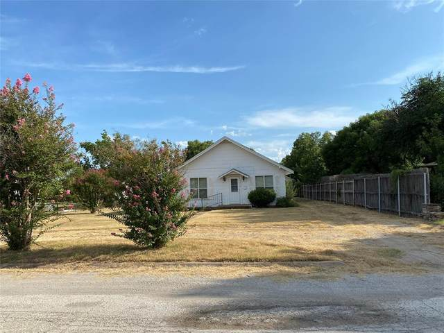 1405 W Elm Street, Breckenridge, TX 76424 (#14671457) :: Homes By Lainie Real Estate Group